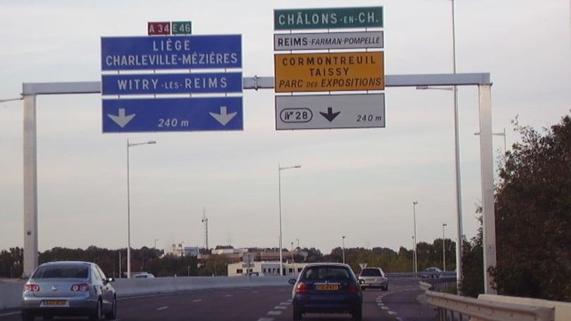 Il limite di velocità in Francia si abbassa a 110 km/h nelle autostrade