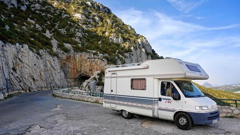 Estate 2020, per le vacanze gli italiani scelgono il camper