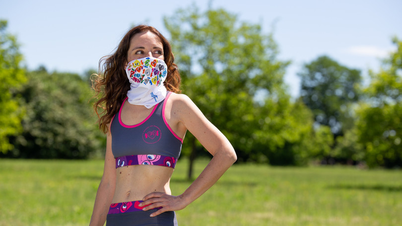Corri in sicurezza con la bandana-mascherina COSMO VIS 4P Iovedodicorsa