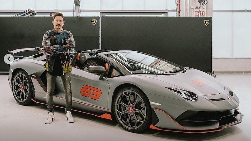 Jorge Lorenzo passione auto: da Pagani a Ferrari, ecco il suo garage fiammante