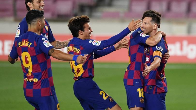 Messi nella leggenda: 700 gol in carriera. Arthur non gioca e il Barcellona pareggia