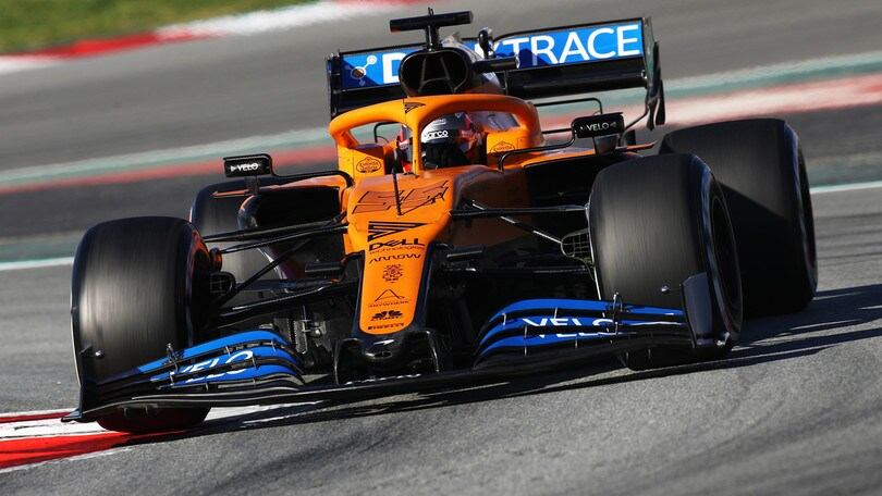 F1, McLaren in pista contro razzismo e coronavirus