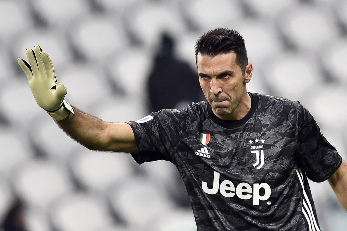 Buffon da record, superato Maldini: la classifica dei più presenti