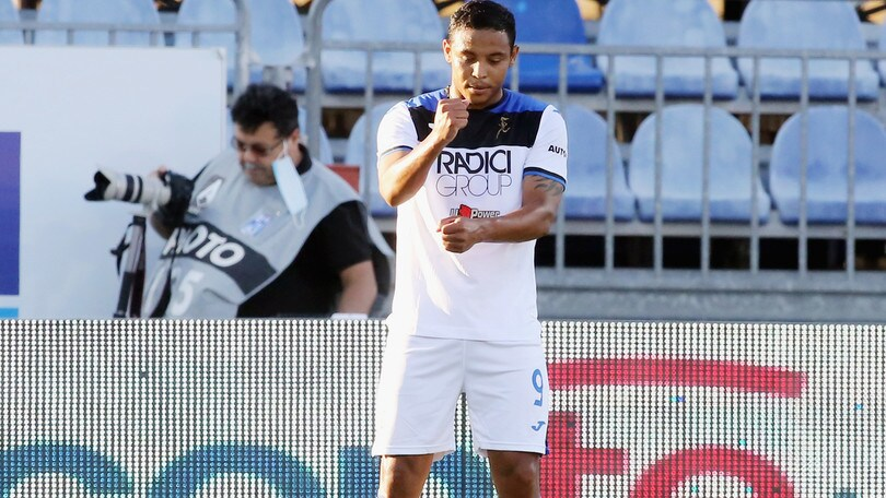 "Muriel, incidente in piscina: ""Sto bene, niente di grave"". Salta Atalanta-Brescia"