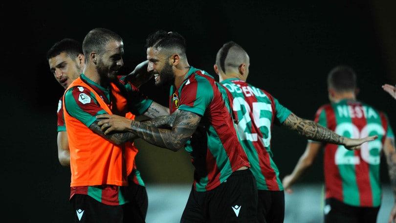 Playoff di C, la Ternana passa il turno: 1-1 e Catania eliminato