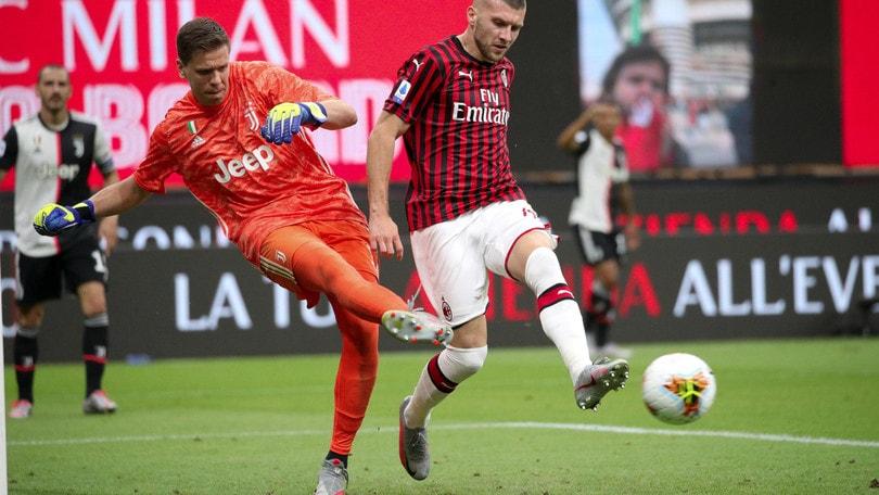 Milan-Juve, ancora polemiche. Szczesny a Rebic: