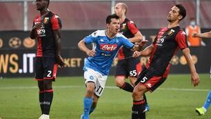 Napoli, Lozano spacca le partite: entra e segna nel 2-1 al Genoa