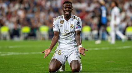 Real Madrid, risolto il caso Vinicius: è negativo al Coronavirus