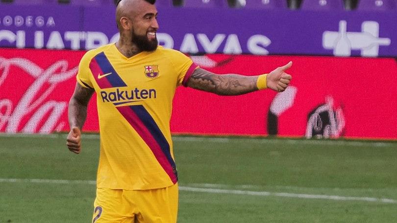Tensione al Barcellona, Vidal mette in dubbio il futuro di Setièn