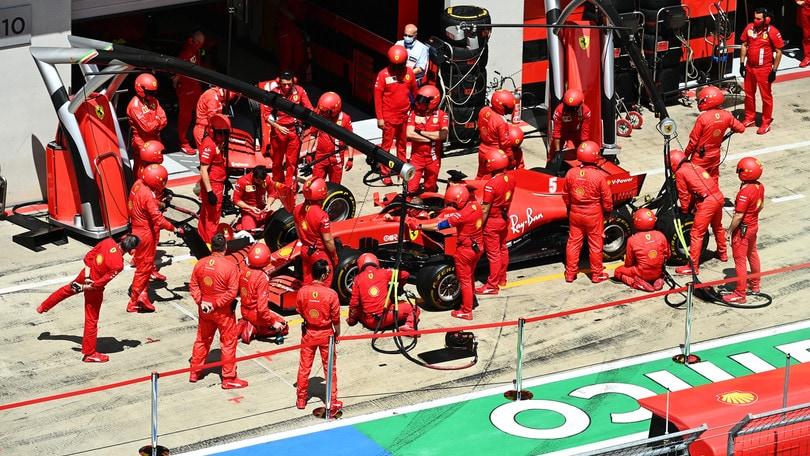 Gp Stiria: Ferrari, è crisi. Ritiro per Vettel e Leclerc, Hamilton 1°