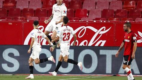 Ocampos fa volare il Siviglia di Monchi. Florenzi entra nella ripresa, ma il Valencia crolla