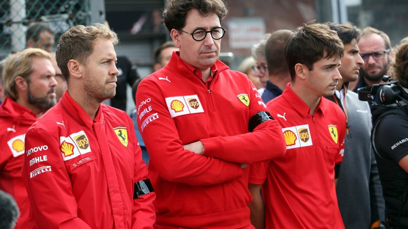 Disastro Ferrari, l'anomalia del ruolo di Binotto e i piloti: ecco tutti i motivi del fallimento