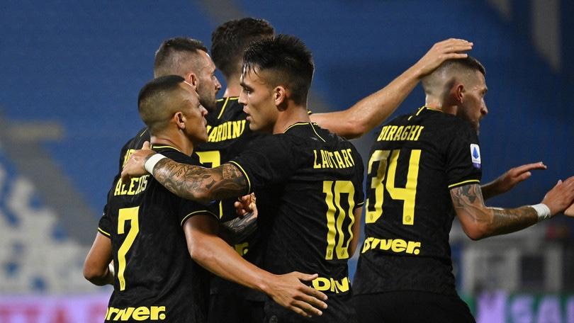 Spal-Inter 0-4: poker tra le proteste, Conte è a -6 dalla Juve
