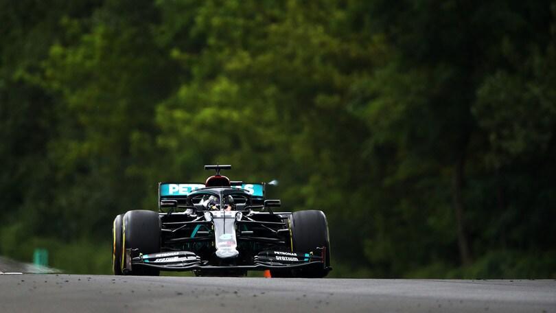 Gp Ungheria: dominio Hamilton, Ferrari in ritardo a metà gara