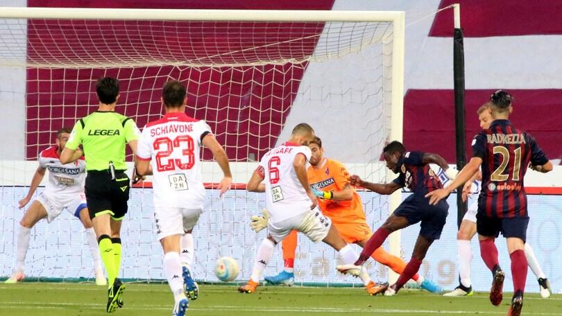Bari, sfuma il sogno di De Laurentiis: la Reggiana in Serie B
