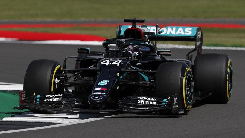 GP Gran Bretagna: Ferrari quarta con Leclerc, Hamilton in pole