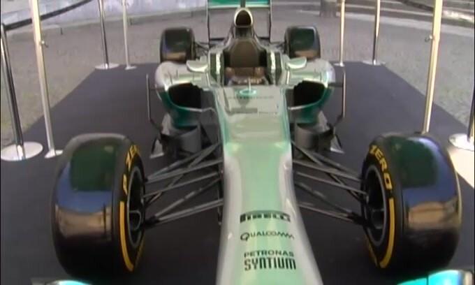 F1, Silverstone: Hamilton si prende la pole, Leclerc 4°