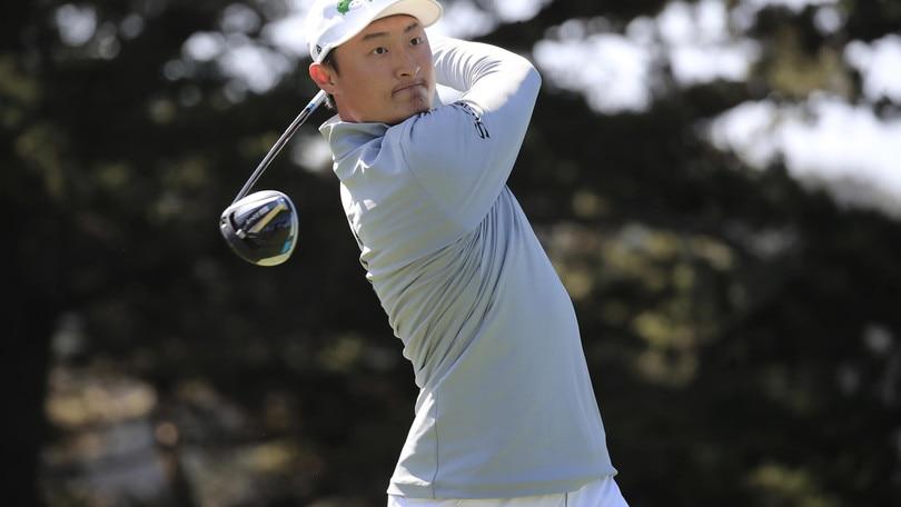 PGA Championship: sorpresa Haotong Li in testa, male Tiger Woods