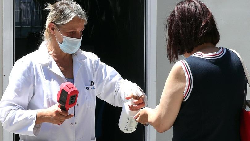 Coronavirus in Italia: calano i nuovi casi, aumentano le vittime