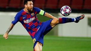 Messi illumina il Barcellona, non basta il cuore al Napoli