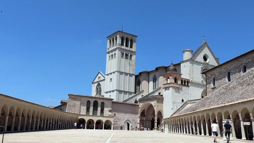 Coronavirus, Assisi: 18 i positivi nel Sacro convento