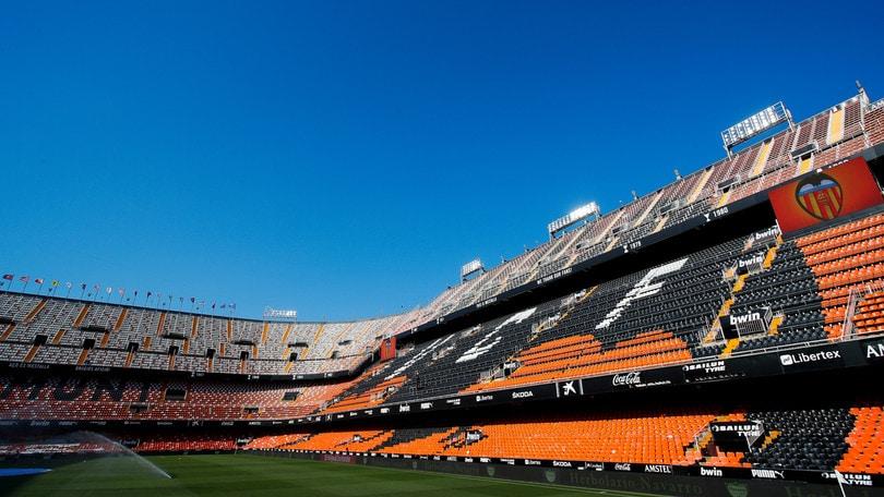 Coronavirus: due positivi nel Valencia, uno nell'Espanyol