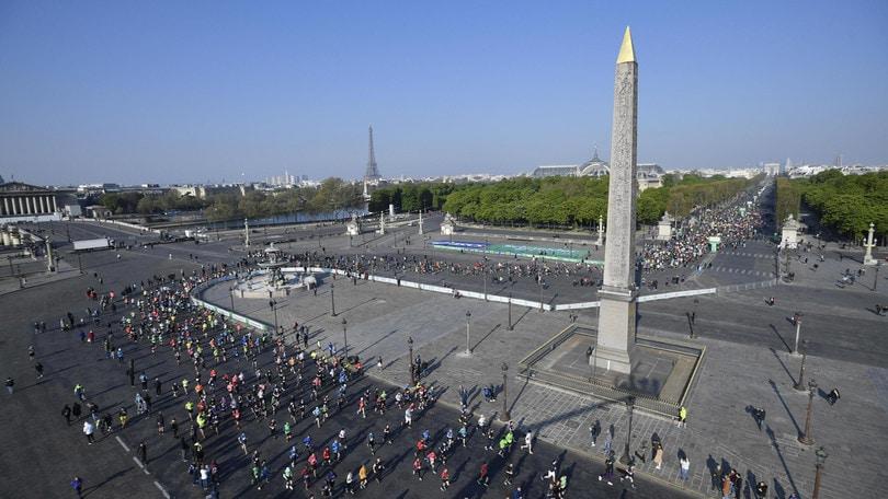 Maratona di Parigi annullata dopo due rinvii per il Coronavirus