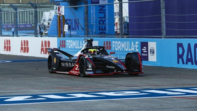 Formula E, Berlino: Rowland trionfa, ma Lotterer e Rast danno spettacolo