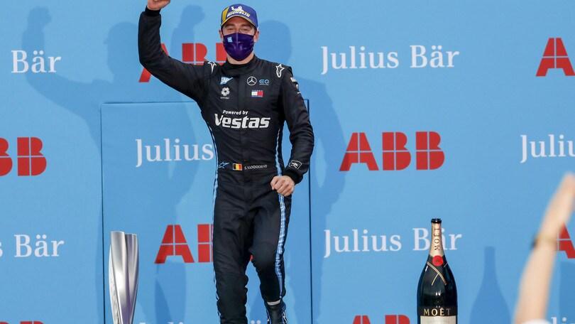 ePrix Berlino Round 11: vince Vandoorne su Mercedes, Massa dà l'addio