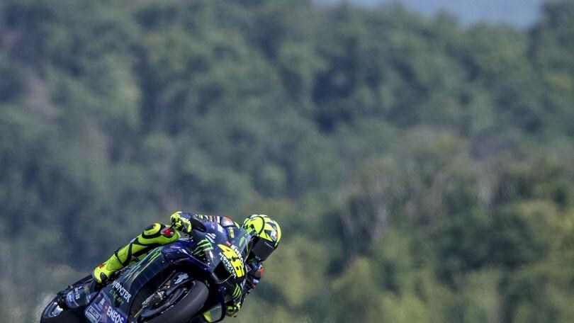 Gp Austria: Vinales vola nelle terze libere, Valentino Rossi fuori dai primi dieci
