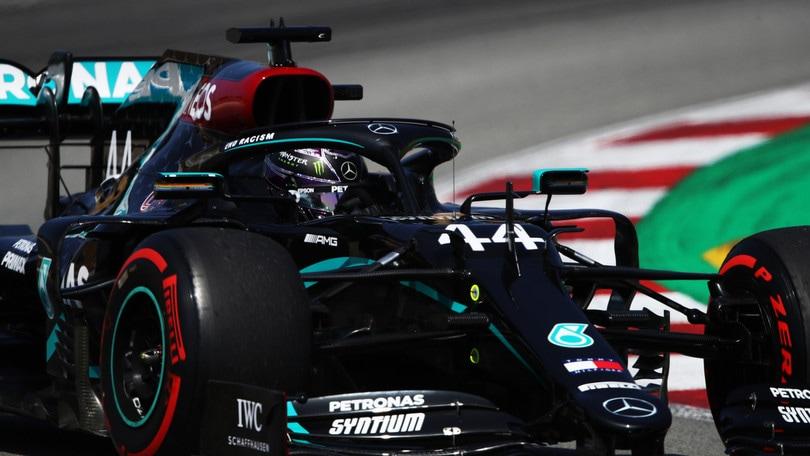 Gp Spagna: Leclerc sesto nelle terze libere, Hamilton domina