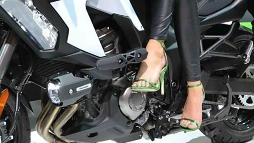 Guidare la moto con sandali o ciabatte: quali rischi ci sono?