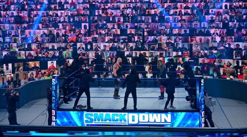 """WWE ThunderDome, così il pubblico """"torna"""" sugli spalti"""