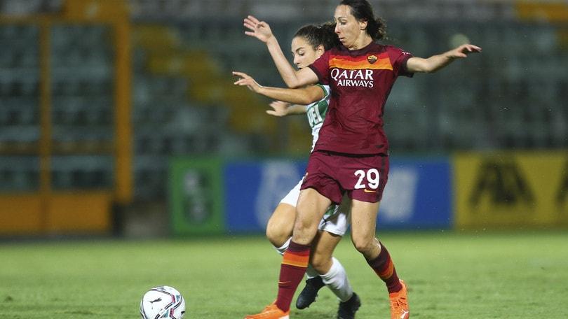 Serie A: la Roma ospita la Pink Bari a Trigoria, occhi puntati su due ex