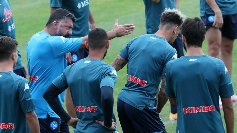 Napoli, venerdì 11 test col Pescara al San Paolo