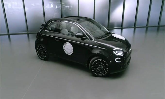 Nuova Fiat 500 La Prima: ecco come va su strada VIDEO