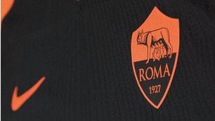 Roma, ecco i dettagli della terza maglia nera e arancione