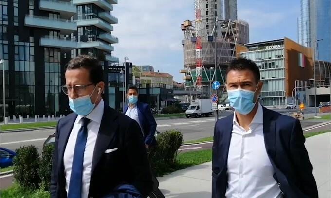 Inter, l'arrivo dell'entourage di Kolarov in sede