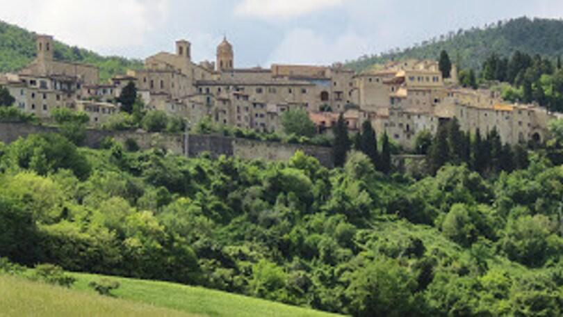 PerCorsi oggi vi porta nelle Marche, un viaggio a Serra San Quirico