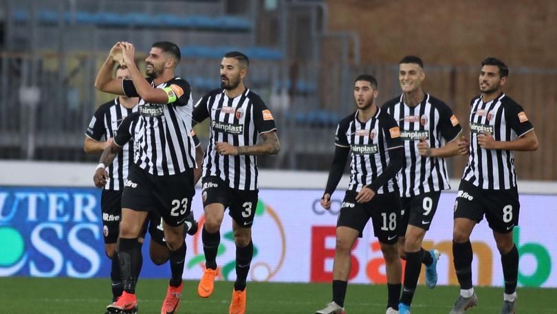 Ascoli, preso Sarr dal Bologna in prestito con diritto di riscatto
