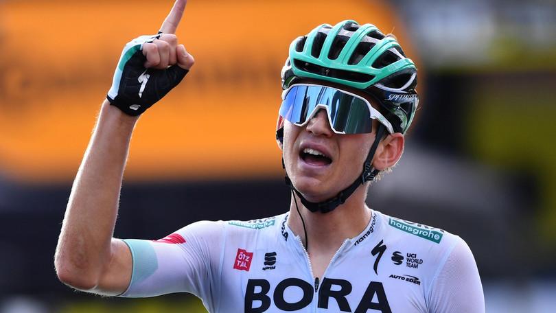 Kamna vince la 16ª tappa del Tour de France. Roglic resta leader