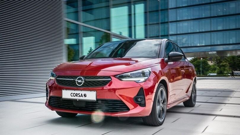 Opel Corsa-e, l'elettrica è l'auto ufficiale di X Factor 2020