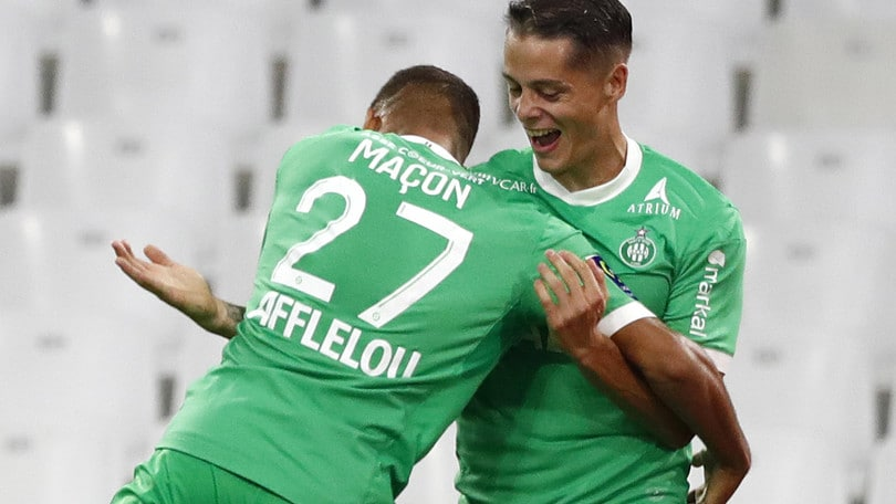 Ligue 1, il Saint Etienne sconfigge il Marsiglia e vola in vetta