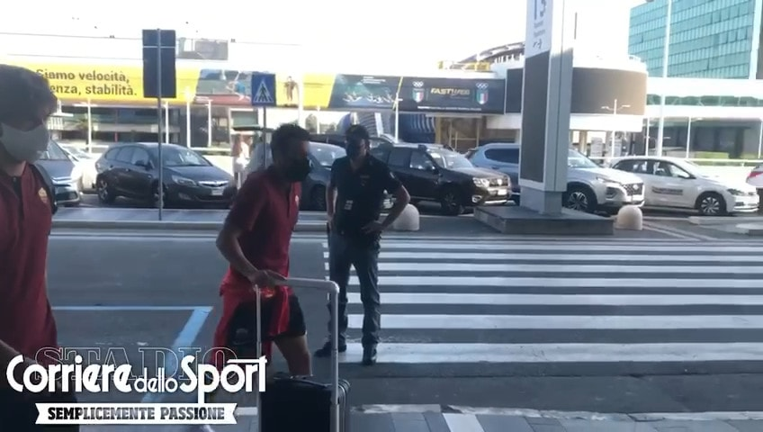 La Roma in partenza per Verona: ci sono Dzeko, Pedro e Kumbulla