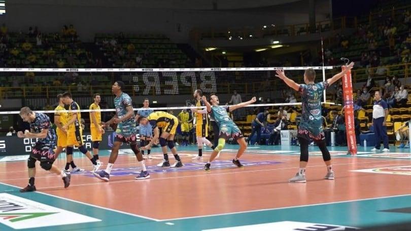 Supercoppa: Modena vince ma in finale va Perugia