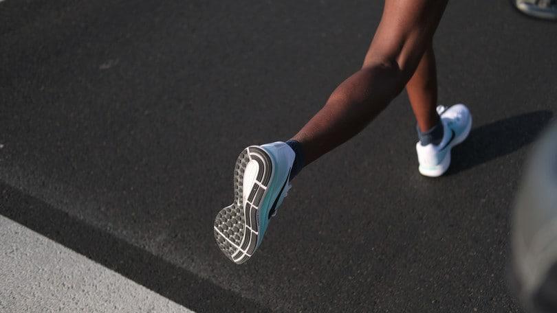 Donne e corsa: allenamento e ciclo mestruale, come conciliare?