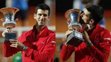Djokovic show, trionfa per la 5ª volta a Roma!