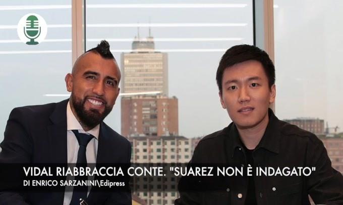 """Vidal riabbraccia Conte. """"Suarez non è indagato"""" VIDEO"""