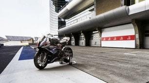 Nuova BMW M 1000 RR | le immagini