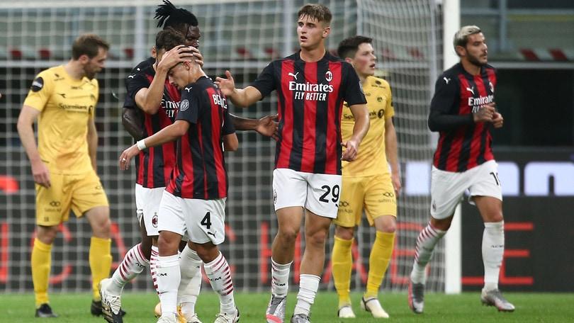 Milan-Bodo/Glimt 3-2: Calhanoglu show, Colombo gol. Ma che sofferenza